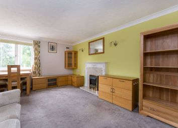 Wood Lane, Ruislip HA4. 2 bed flat