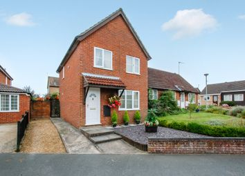 Thumbnail 3 bedroom detached house for sale in Field View Gardens, Beccles