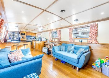 Thumbnail 1 bed houseboat for sale in Limehouse Basin Marina, Limehouse
