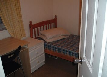 Thumbnail 1 bedroom flat to rent in Hickling Road, Ilford