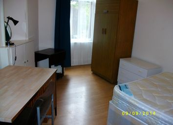 Thumbnail 3 bed flat to rent in 2 Clarence Lane, Glasgow