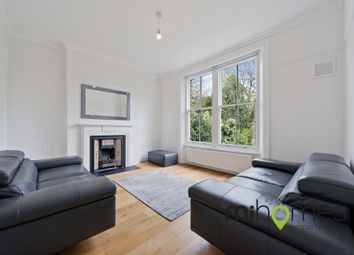 Holden Road, Woodside Park N12. 2 bed flat for sale