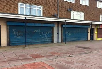 Thumbnail Retail premises to let in 66 & 70 Greenwich Avenue, Kingston Upon Hull