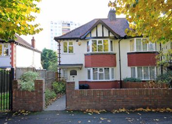 Thumbnail 3 bed property to rent in Avenue Gardens, London