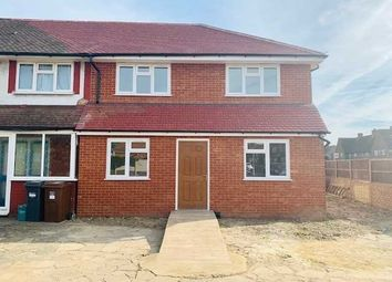 4 bed end terrace house to rent in Hampton Lane, Hanworth, Feltham TW13