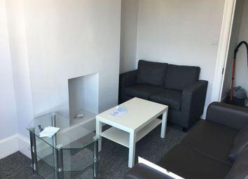 4 bed maisonette to rent in Roundhill Crescent, Brighton BN2