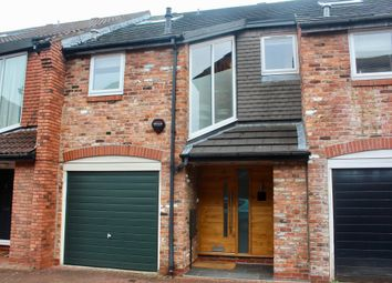 Thumbnail 3 bed mews house to rent in Gatcombe Mews, Wilmslow