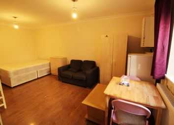Thumbnail Studio to rent in Lower Clapton Road, London