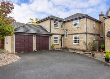 Thumbnail 5 bedroom detached house for sale in Pannells Close, Chertsey
