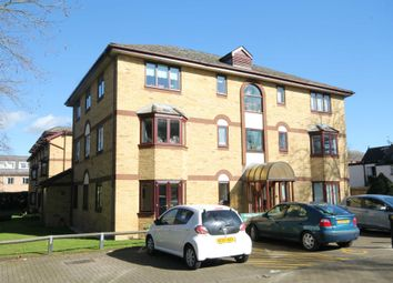 Thumbnail 2 bed flat for sale in Burling Court, Cambridge