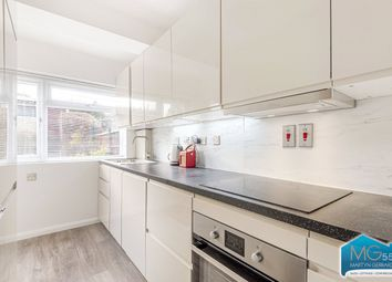 Thumbnail 3 bedroom terraced house to rent in Avondale Avenue, Barnet, Hertfordshire