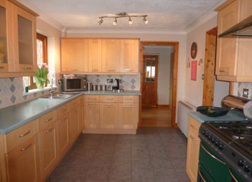 Thumbnail 6 bed detached house for sale in Dozens Bank, West Pinchbeck, Spalding
