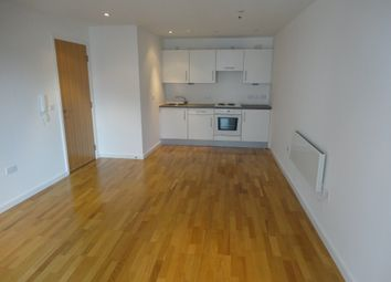 Thumbnail 1 bed flat to rent in Crown Point Road, Leeds