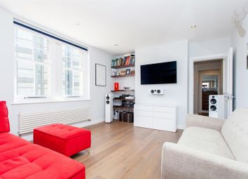 Thumbnail 1 bed flat for sale in Gunthorpe Street, London
