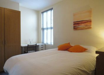 Thumbnail Property to rent in South End, South Croydon