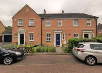 3 bed property to rent in Doulton Close, Harlow, Essex CM17