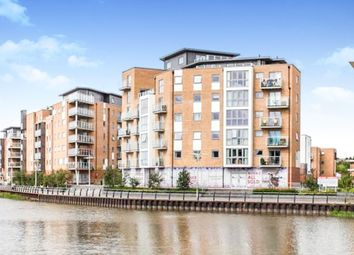 Thumbnail 2 bedroom flat for sale in Ship Wharf, Colchester