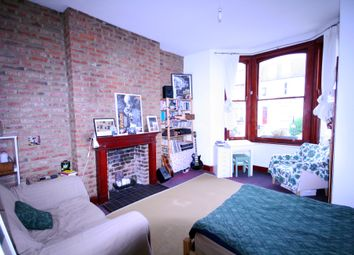 Thumbnail 2 bed flat to rent in Dalmeny Road, Tufnell Park