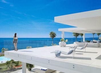 Thumbnail 4 bed apartment for sale in Estepona, Málaga, Spain