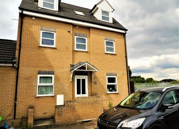Thumbnail 2 bed flat to rent in Meesons Lane, Grays