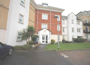 Thumbnail 2 bedroom flat to rent in Crawford Avenue, Dartford