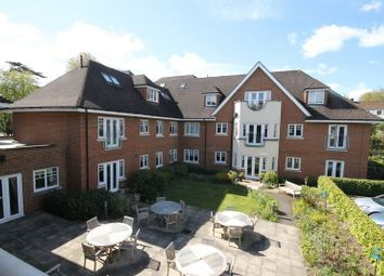2 bed property for sale in Cobham Road, Fetcham, Leatherhead KT22