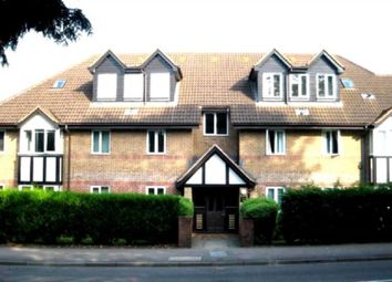 Thumbnail 1 bed flat to rent in Watling Street, Radlett