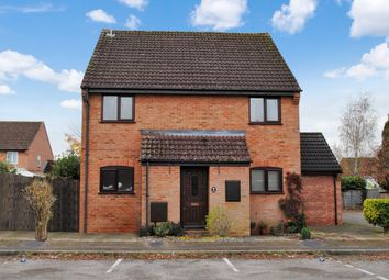 Thumbnail 2 bed maisonette for sale in Puffers Way, Newbury