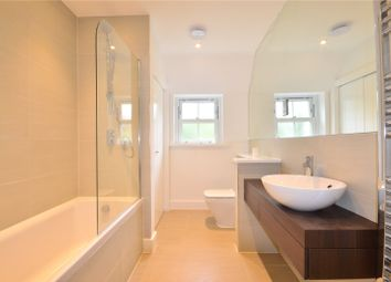 Thumbnail 2 bedroom flat for sale in Gerrards Cross Road, Stoke Poges, Buckinghamshire