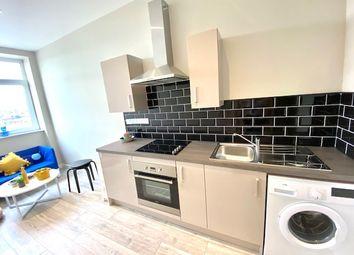 Thumbnail 1 bed flat to rent in Hall Ing Street, Bradford