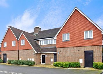 2 bed flat for sale in Brookfield Drive, Horley, Surrey RH6