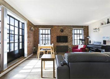 Thumbnail 2 bed flat to rent in Weller Street, London