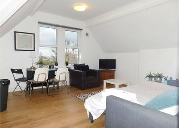 Thumbnail 1 bed flat to rent in Woodville Gardens, Ealing, London