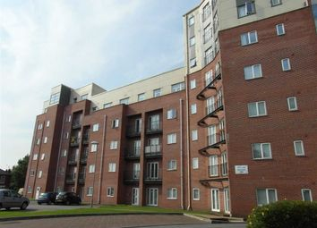 Thumbnail 3 bed flat for sale in City Link, Hessel Street, Salford