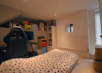 Thumbnail 4 bed cottage to rent in Dean House Lane, Luddenden