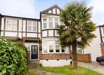 Thumbnail 5 bedroom property for sale in Southern Avenue, South Norwood