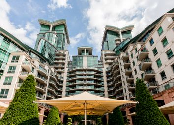 Thumbnail 1 bed flat to rent in 2 St. George Wharf, London
