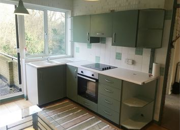 2 bed maisonette to rent in The Copse, Chingford, London E4