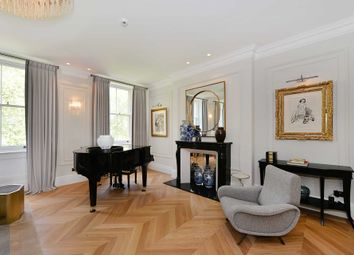 Thumbnail 4 bed flat for sale in Ennismore Gardens, London