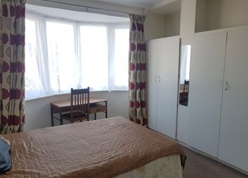 Thumbnail Room to rent in Falkland Park Avenue, London