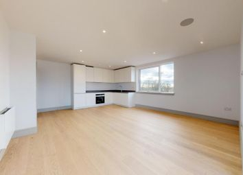 2 bed flat to rent in Coomb House, St Johns Road, Isleworth TW7