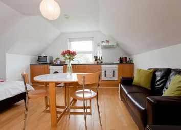 Thumbnail Studio to rent in Fellows Road, London