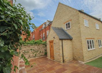 Thumbnail 2 bed cottage for sale in High Street, Brackley