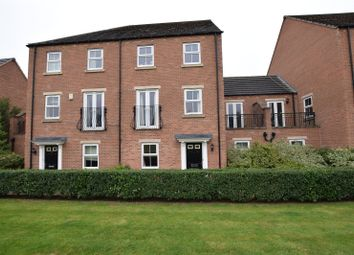 3 bed town house to rent in Chandos Mews, Leeds, West Yorkshire LS8