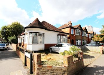 Thumbnail 2 bedroom property to rent in Kings Avenue, New Malden