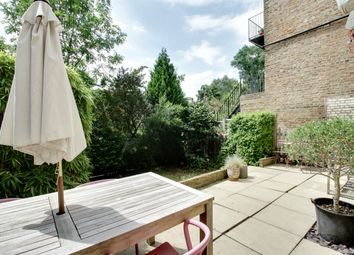 Thumbnail 2 bed flat for sale in Brownlow Road, Finchley