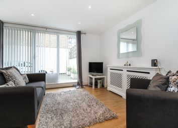 Thumbnail 1 bed flat to rent in Hermitage Wall, Hermitage Wall, Wapping