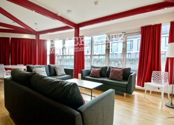 4 bed flat to rent in Farringdon Road, London EC1R