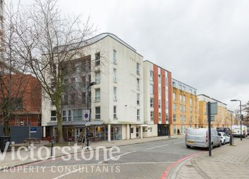 Thumbnail 2 bedroom flat for sale in Enfield Road, De Beauvoir Town, London