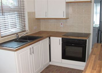 Thumbnail 2 bedroom semi-detached house to rent in Malthouse Road, Crawley
